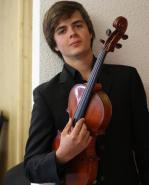 photo Adrien Boisseau nommé dans la catégorie « révélation soliste instrumental » aux Victoires de la Musique 2016 !